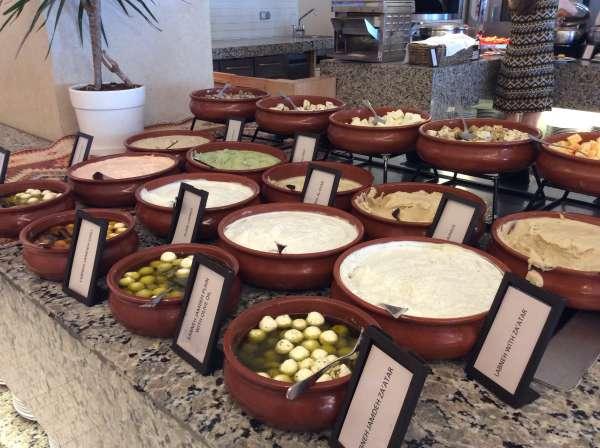 ヨルダンのホテルのフムス