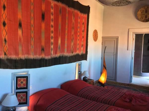 モロッコで泊ったツインベッドの部屋