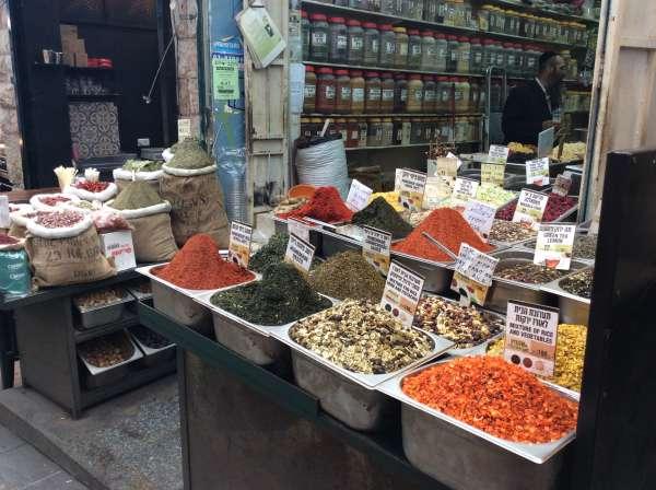 イスラエルの調味料を売るお店