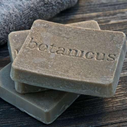 ボタニクスの泥ソープ