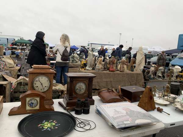 ケンプトンマーケットの時計