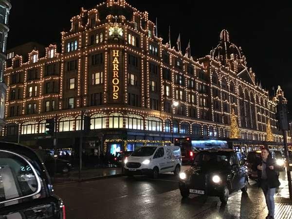ロンドンの高級デパート