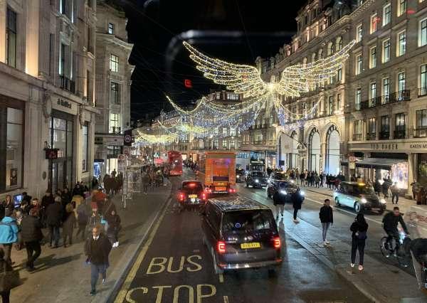 ロンドンのクリスマスイルミネーション