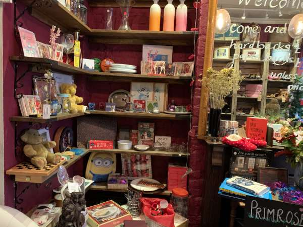mary's iving & giving shop