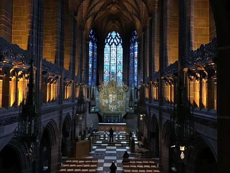 リバプール大聖堂のステンドグラス