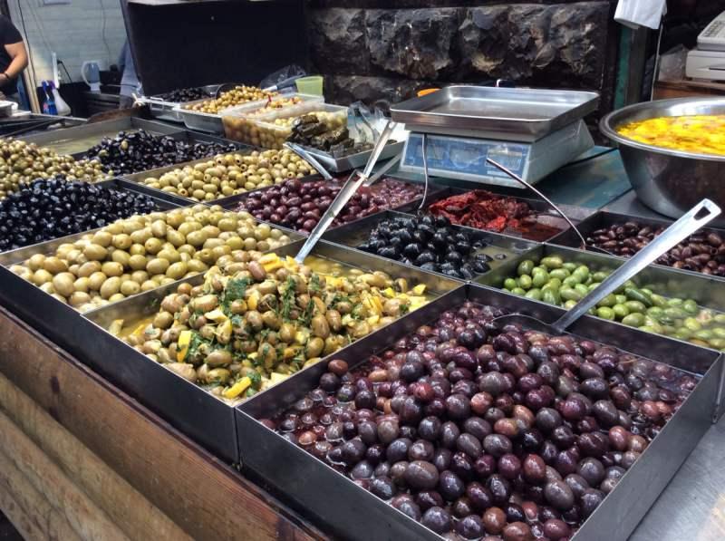 イスラエルのオリーブのお店