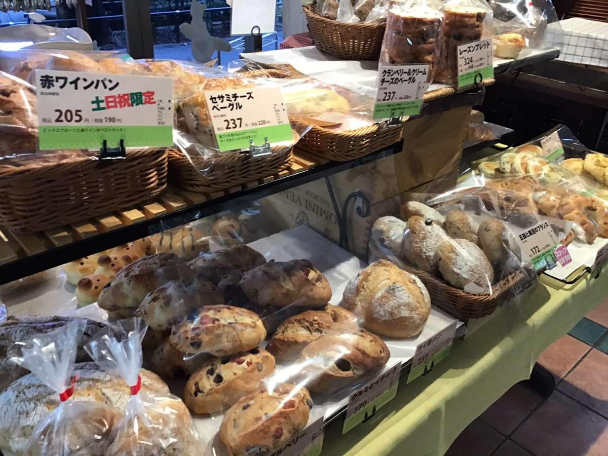 阿佐ヶ谷けやき庵のパン売り場